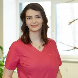 Angestellte in der Zahnarztpraxis Müller-Leißring